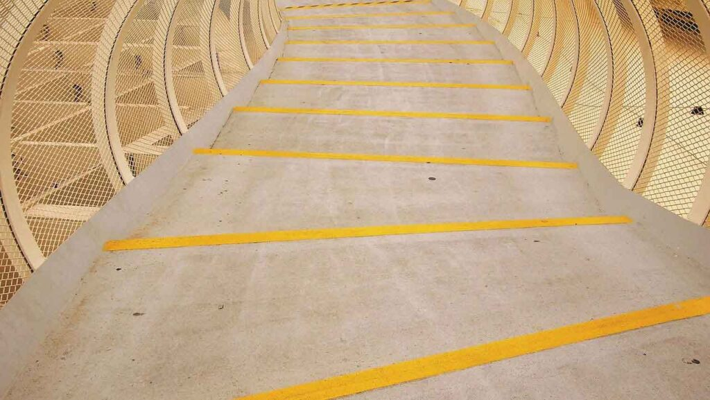 escaleras setas sevilla